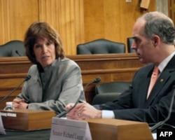 众议员麦科勒姆(左)认为生物燃料生产耗费大量粮食,导致粮价上涨