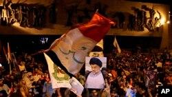 총선 승리에 환호하는 알사드르 지지자들(자료사진)