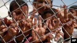 Izbeglice na granici Turske i Sirije (Arhiva)