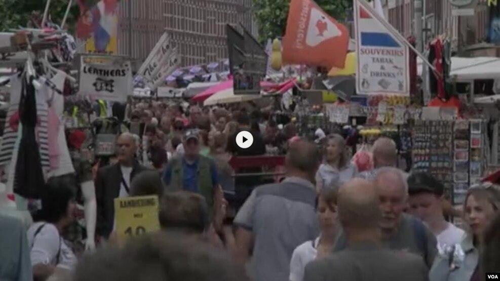 Njerëzit më të gjatë në botë: në Holandë dhe Letoni