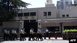 امریکی محکمۂ خارجہ نے کہا ہے کہ چینگڈو قونصل خانہ تبت سمیت چین کے مغربی علاقوں کے شہریوں سے تعلقات کا ذریعہ تھا۔
