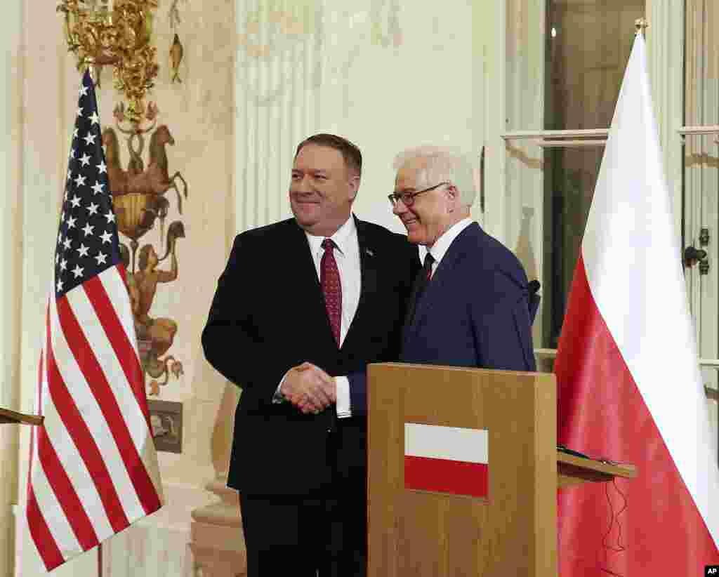 وزیران خارجه آمریکا و لهستان روز سه شنبه در یک کنفرانس خبری شرکت کردند. این دو کشور میزبان نشست ورشو هستند که در چهارشنبه و پنجشنبه به صلح و امنیت خاورمیانه می پردازد.