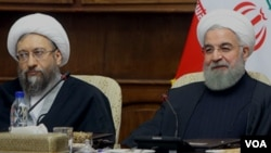 حسن روحانی و صادق لاریجانی در یکی از جلسات مجمع تشخیص مصلحت نظام