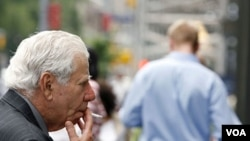 Paparan asap rokok terbukti menurun drastis setelah diterapkan aturan larangan merokok di tempat kerja.