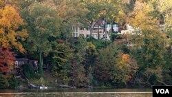 安全屋坐落杰克逊湖畔
