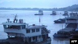 Tàu hàng của Trung Quốc trên sông Mekong