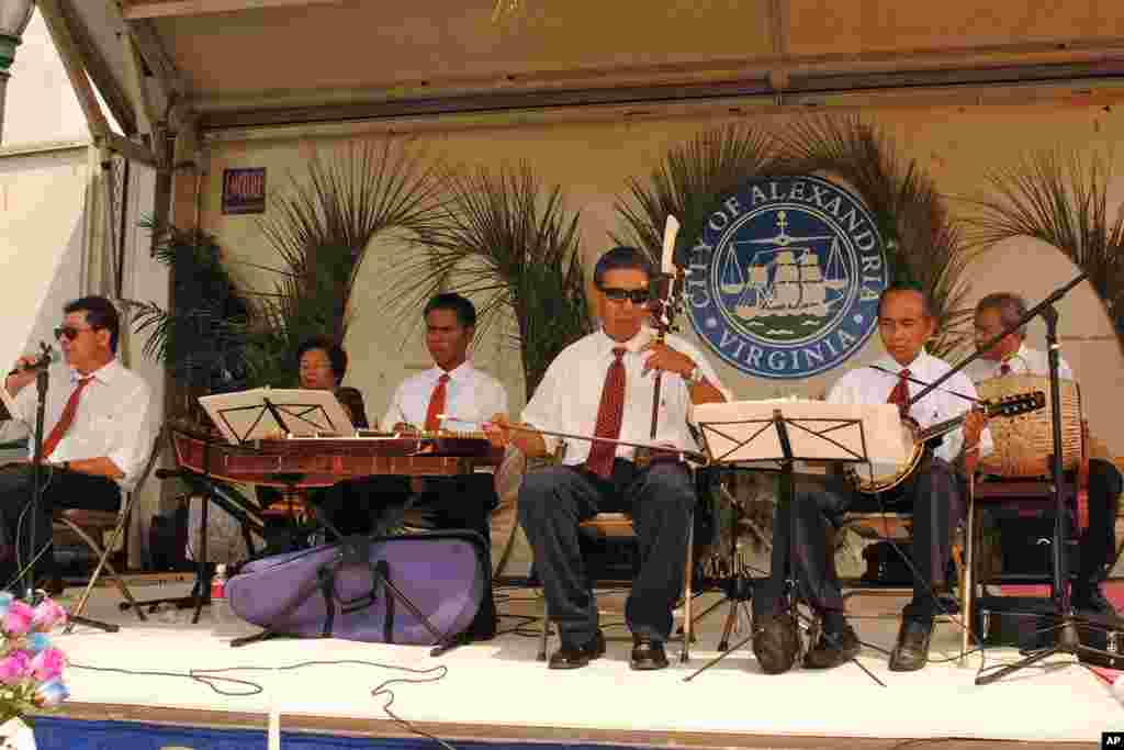 A band of Cambodian classical music starts off the half-day festival.