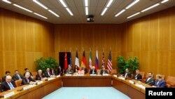欧洲联盟的外交政策负责人和伊朗外长开会