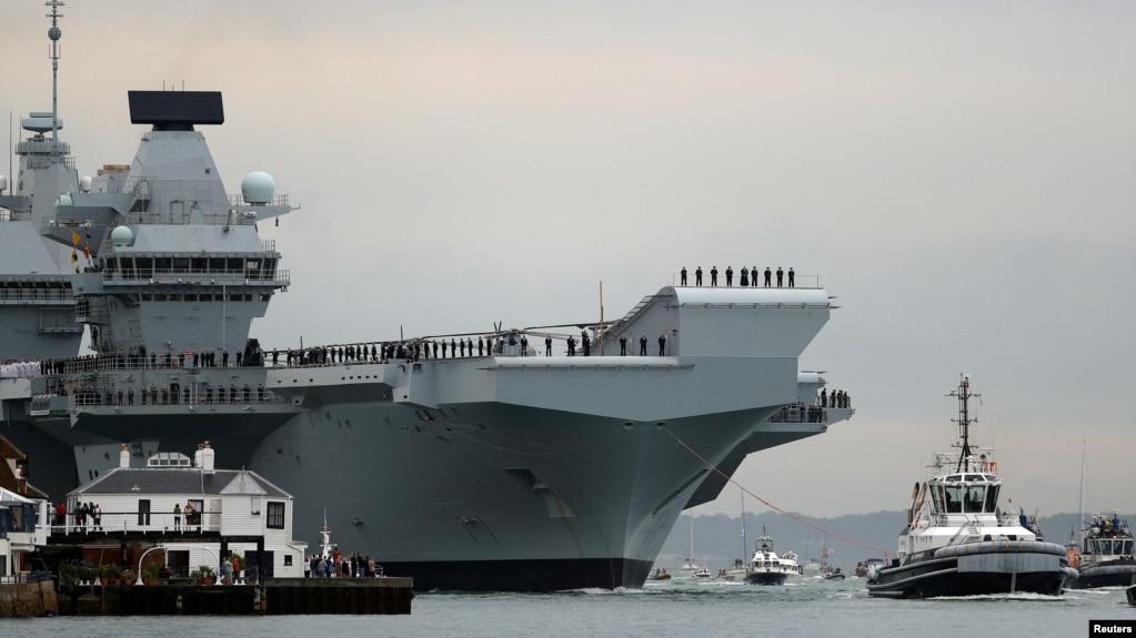 Hàng không mẫu hạm HMS Queen Elizabeth của Anh.