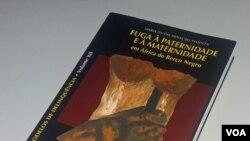Fuga à paternidade tema de novo livro angolano - 1:56