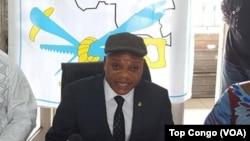 Jean-Marc Kabund, lors d'une conférence de presse au siège de l'UDPS, Limete, Kinshasa, le 28 octobre 2016. (VOA/Top Congo)