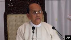 Từ khi lên nắm quyền, Tổng thống Thein Sein đã duy trì những thỏa thuận hòa bình với tất cả các nhóm nổi dậy của người thiểu số, ngoại trừ người Kachin