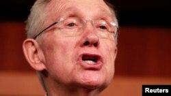 El senador Harry Reid dijo que los indocumentados creen en el Congreso e instó al legislativo a aprobar la reforma.
