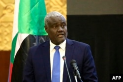 Chairperson of the African Union Commission Moussa Faki Mahamat attends the inking of a peace deal between the government of the Central African Republic and 14 armed groups in Khartoum, Feb. 5, 2019.