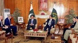 نخست وزير پاکستان پس از ديدار با سناتور کری عازم چين شد