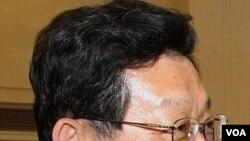 Menteri Perdagangan Tiongkok, Chen Deming khawatir krisis utang di Eropa akan memburuk.