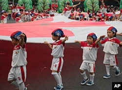 台湾双十庆典没有传统意义上的阅兵,而有儿童游戏