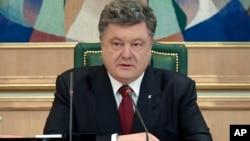 Петр Порошенко, 6 апреля 2015