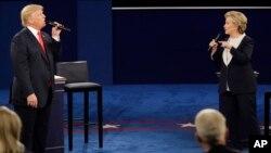 """La candidata presidencial demócrata, Hillary Clinton, calificó de """"sin precedentes"""" la interferencia rusa en la elección en EE.UU. , para favorecer a Donald Trump."""