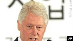 营救女记者 克林顿前总统抵达平壤