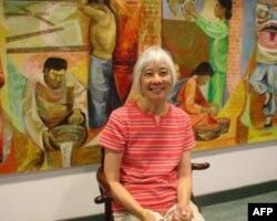 圣他克鲁兹加州大学荣誉退休教授杨碧方