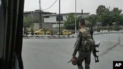 手机拍摄的士兵5月8日在大马士革街头巡逻