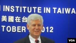 美国在台协会台北办事处处长马启思(美国之音张佩芝)