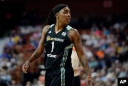 The New York Liberty's Shavonte Zellous is pictured during the second half of a WNBA basketball game in Uncasville, Conn., June 16, 2016.