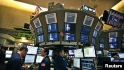 El mercado de leasing de América Latina se redujo en 13% en 2011.