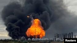 Пожар на нефтехимическом заводе в Порт-Нечесе, Техас, 27 ноября 2019 года