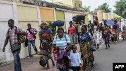 Residentes de Brazzaville em fuga, 4 de Abril, 2016