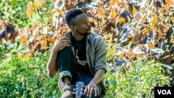 Woza Friday: Umculi uNyasha Bothwell Uxoxa loEzra Tshisa Sibanda