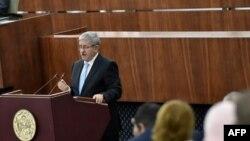 L'ex-Premier ministre Ouyahia écroué