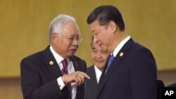 Thủ tướng Malaysia Najib Razak và Chủ tập Trung Quốc Tập Cận Bình.