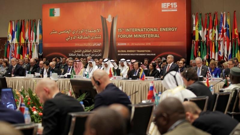 Saudis, Iran Dash Hopes for OPEC Oil Deal in Algeria