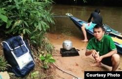 Petugas BPS di Kabupaten Kotawaringin Timur, Kalimantan Tengah bertugas di medan yang berat. (Foto: Humas BPS)