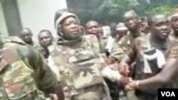 Gbagbo neposredno poslije hapšenja u podzemnom bunkeru predsjedničke palate