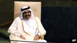 Qatar's emir, Sheikh Hamad bin Khalifa al-Thani (file photo)