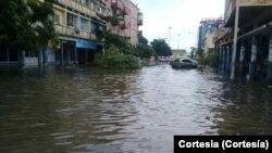 Cidade de Lobito inundada pelas chuvas, Benguela