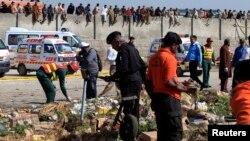 파키스탄 수도 이슬라마바드의 한 시장에서 9일 폭탄 공격으로 수십명의 사상자가 발생했다.