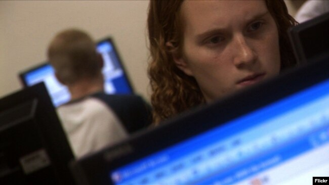 Support specialists, who assist coworkers and clients with any computer problems, can often get a job without a college degree. (Photo by Flickr user wistechcolleges via Creative Commons license.)