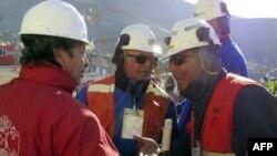 Inxhinierët finalizojnë planet për nxjerrjen e minatorëve të bllokuar kilianë