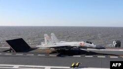Máy bay chiến đấu J-15 của Trung Quốc.