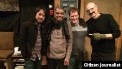 Dewa Budjana bersama para musisi yang ikut menggarap dua album barunya (foto/dok: Dewa Budjana)