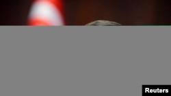 Baş nazir Əhməd Davutoğlu