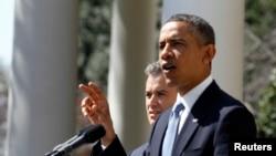 오바마 대통령의 2012년 연방 소득세 세금보고 내역이 12일 공개됐다.(자료사진)