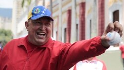 چاوز شايعه های مربوط به بستری شدن خود در بيمارستان را تکذيب کرد