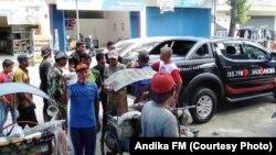 Kru Andika FM Kediri dalam program Jumat Berkah (courtesy: Andika FM)