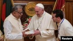 Президент Бангладеш Абдул Гамід і Папа римський Франциск
