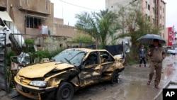 Chiếc xe cài bom nổ trong một khu thương mại ở Hurriyah, nằm về mạn bắc thủ đô Baghdad